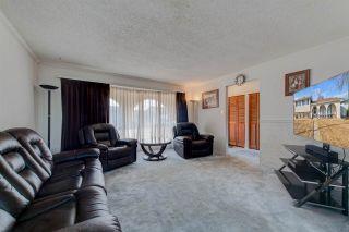 Photo 5: 128 ATHABASCA Drive: Devon House for sale : MLS®# E4236062
