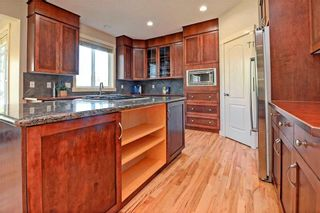 Photo 6: 28 DISCOVERY RIDGE Mount SW in Calgary: Discovery Ridge House for sale : MLS®# C4161559