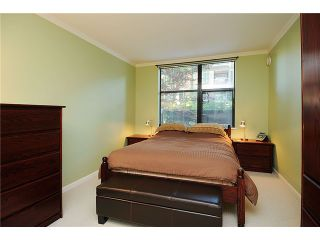 """Photo 8: 110 2181 W 10TH Avenue in Vancouver: Kitsilano Condo for sale in """"THE TENTH AVE"""" (Vancouver West)  : MLS®# V844401"""