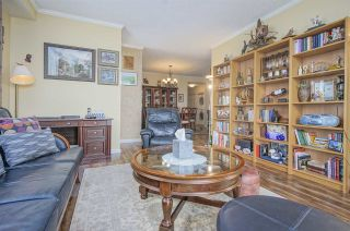 """Photo 4: 2401 6888 STATION HILL Drive in Burnaby: South Slope Condo for sale in """"SAVOY CARLTON"""" (Burnaby South)  : MLS®# R2424113"""