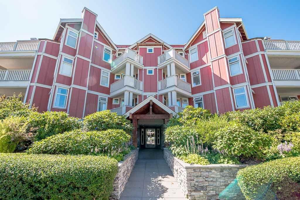 """Main Photo: 209 15368 16A Avenue in Surrey: King George Corridor Condo for sale in """"Ocean Bay Villa's"""" (South Surrey White Rock)  : MLS®# R2291476"""