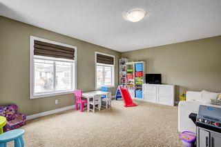 Photo 11: 149 EVEROAK Park SW in Calgary: Evergreen House for sale : MLS®# C4173050