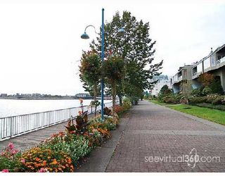 """Photo 8: 205 31 RELIANCE Court in New_Westminster: Quay Condo for sale in """"Quaywest"""" (New Westminster)  : MLS®# V690335"""