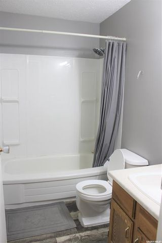 Photo 8: 10208 Ross Crescent in North Battleford: Fairview Heights Residential for sale : MLS®# SK850035