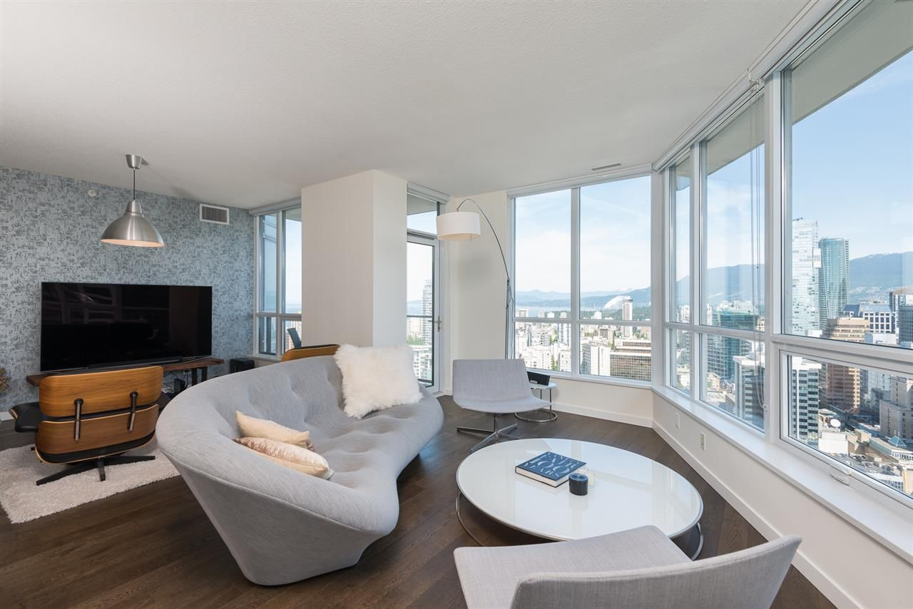 """Main Photo: 3705 833 SEYMOUR Street in Vancouver: Downtown VW Condo for sale in """"Capital Residence"""" (Vancouver West)  : MLS®# R2074904"""