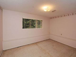 Photo 18: 2006 Runnymede Ave in Victoria: Residential for sale : MLS®# 289922