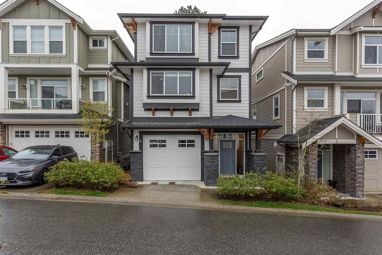 """Main Photo: 4 4295 OLD CLAYBURN Road in Abbotsford: Abbotsford East House for sale in """"Sunspring Estates"""" : MLS®# R2562456"""
