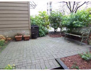 """Photo 5: 110 777 EIGHTH Street in New Westminster: Uptown NW Condo for sale in """"MOODY GARDENS"""" : MLS®# V799108"""