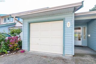 Photo 1: 7 515 Mount View Ave in VICTORIA: Co Hatley Park Row/Townhouse for sale (Colwood)  : MLS®# 825575