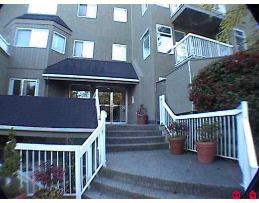"Photo 2: Photos: 1870 E SOUTHMERE Crescent in White Rock: Sunnyside Park Surrey Condo for sale in ""South Grove"" (South Surrey White Rock)  : MLS®# F2623858"