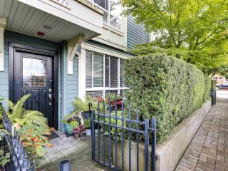 """Photo 2: 2774 ALMA Street in Vancouver: Kitsilano Townhouse for sale in """"Twenty On The Park"""" (Vancouver West)  : MLS®# R2501470"""