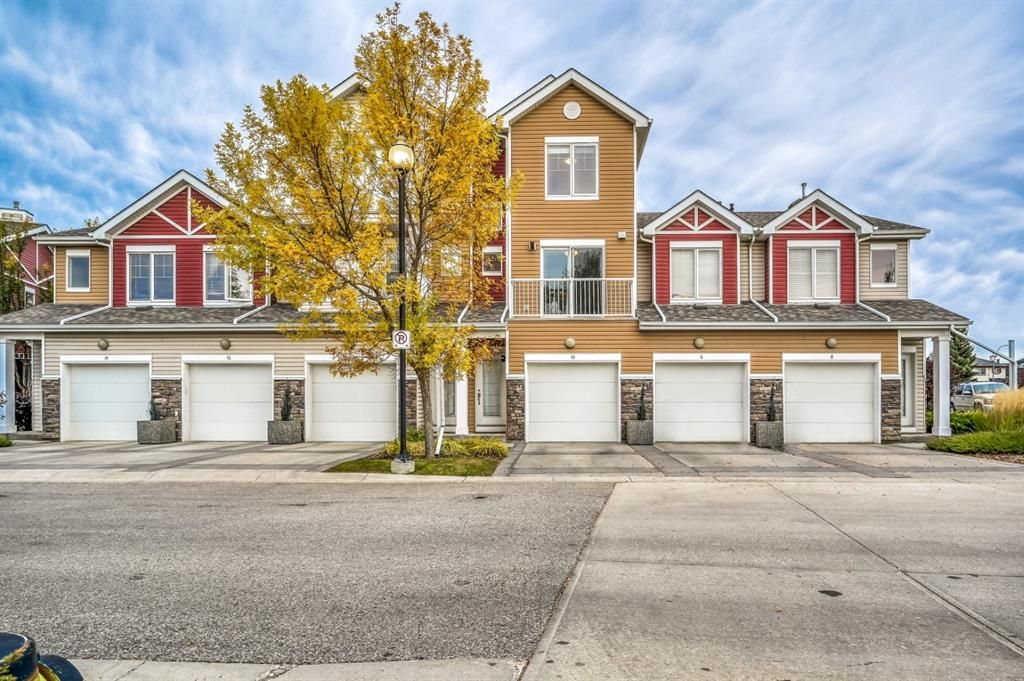 Main Photo: 10 Chaparral Ridge Park SE in Calgary: Chaparral Row/Townhouse for sale : MLS®# A1149327