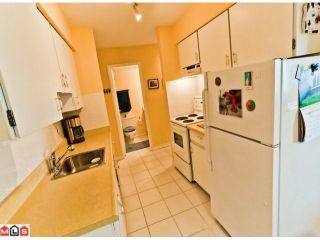"""Photo 5: 220 1442 BLACKWOOD Street: White Rock Condo for sale in """"Blackwood Manor"""" (South Surrey White Rock)  : MLS®# F1106343"""