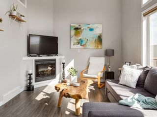 Photo 2: 133 COPPERFIELD Lane SE in Calgary: Copperfield Row/Townhouse for sale : MLS®# C4236105