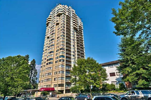 Main Photo: 2401 6540 Burlington Avenue in Burnaby: Metrotown Condo  (Burnaby South)  : MLS®# V1118433