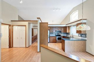 Photo 3: 35 Douglasview Park SE in Calgary: Douglasdale/Glen Semi Detached for sale : MLS®# A1149405