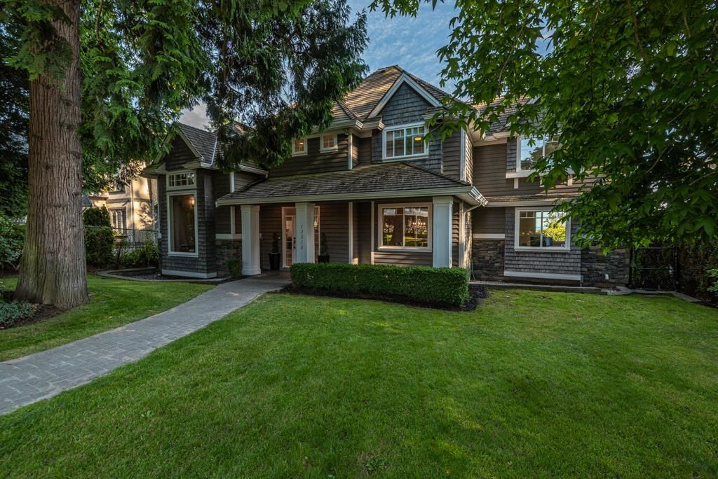Main Photo: 13518 MARINE Drive in Surrey: Crescent Bch Ocean Pk. House for sale (South Surrey White Rock)  : MLS®# R2597553