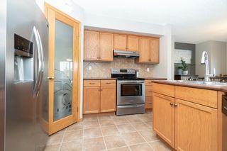 Photo 4: 26 Edmund Gale Drive in Winnipeg: Canterbury Park House for sale (3M)  : MLS®# 1813373