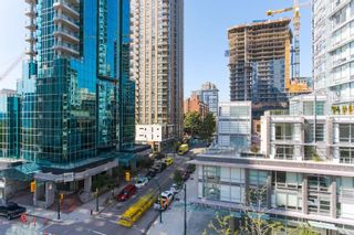 """Photo 13: 604 789 DRAKE Street in Vancouver: Downtown VW Condo for sale in """"CENTURY TOWER"""" (Vancouver West)  : MLS®# R2426940"""