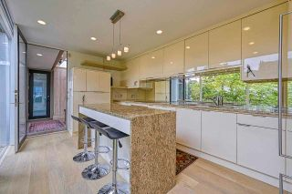 """Photo 18: 3281 POINT GREY Road in Vancouver: Kitsilano House for sale in """"ARTHUR ERIKSON"""" (Vancouver West)  : MLS®# R2580365"""