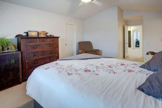 Photo 28: 82 COUGARSTONE Close SW in Calgary: Cougar Ridge Detached for sale : MLS®# C4295852