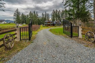 Main Photo: 3190 Englewood Dr in : Na North Jingle Pot House for sale (Nanaimo)  : MLS®# 869487