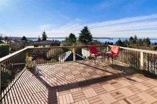 Main Photo: 1571 21ST Street in West Vancouver: Dundarave House for sale : MLS®# R2556731