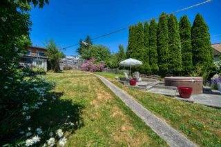 Photo 2: 517 SOUTH FLETCHER Street in Gibsons: Gibsons & Area House for sale (Sunshine Coast)  : MLS®# R2599686