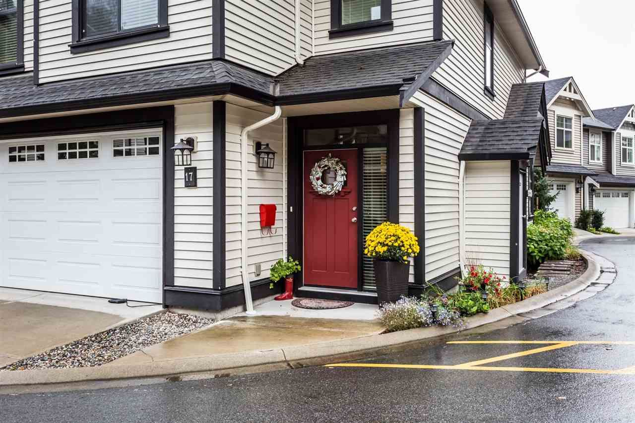 """Main Photo: 17 35298 MARSHALL Road in Abbotsford: Abbotsford East Townhouse for sale in """"Eagles Gate"""" : MLS®# R2462120"""