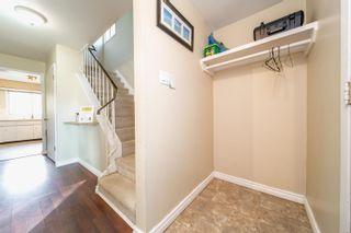 Photo 3: 10734 70 Avenue in Edmonton: Zone 15 House Half Duplex for sale : MLS®# E4264196