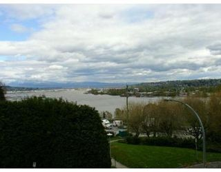 Photo 3: 201 38 LEOPOLD PL in New Westminster: House for sale (Canada)  : MLS®# V585742