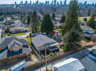 """Photo 17: 5315 IVAR Place in Burnaby: Deer Lake Place House for sale in """"DEER LAKE PLACE"""" (Burnaby South)  : MLS®# R2368666"""