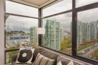 """Photo 1: 1502 1863 ALBERNI Street in Vancouver: West End VW Condo for sale in """"LUMIERE"""" (Vancouver West)  : MLS®# R2367109"""