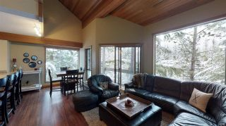 Photo 4: 32 6125 EAGLE DRIVE in Whistler: Whistler Cay Heights Townhouse for sale : MLS®# R2570202