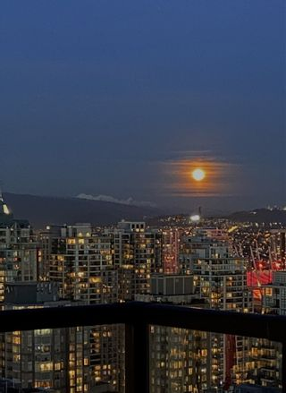 """Photo 37: 3201 1199 SEYMOUR Street in Vancouver: Downtown VW Condo for sale in """"BRAVA"""" (Vancouver West)  : MLS®# R2462993"""