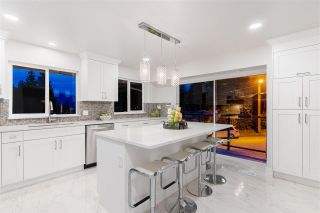 """Photo 10: 940 FRESNO Place in Coquitlam: Harbour Place House for sale in """"HARBOUR PLACE"""" : MLS®# R2585620"""