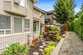 "Photo 4: 17968 71A Avenue in Surrey: Cloverdale BC House for sale in ""Provinceton"" (Cloverdale)  : MLS®# R2492909"
