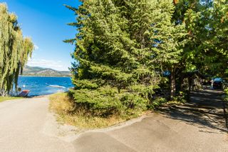 Photo 4: 697 Viel Road in Sorrento: WATERFRONT House for sale : MLS®# 10155772