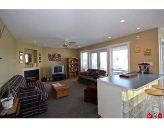 "Photo 4: 7897 154TH Street in Surrey: Fleetwood Tynehead House for sale in ""FAIRWAY PARK"" : MLS®# F2910774"