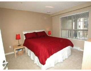 """Photo 4: 302 2958 SILVER SPRINGS Boulevard in Coquitlam: Westwood Plateau Condo for sale in """"TAMARISK"""" : MLS®# V691499"""