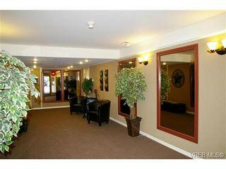 Photo 2: 106 420 Parry St in VICTORIA: Vi James Bay Condo for sale (Victoria)  : MLS®# 695851