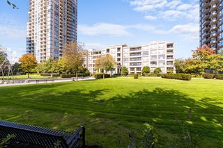 """Photo 1: 405 7138 COLLIER Street in Burnaby: Highgate Condo for sale in """"Stanford House"""" (Burnaby South)  : MLS®# R2620795"""
