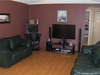 """Photo 6: 3272 HAYMAN Crescent in Quesnel: Quesnel Rural - South Manufactured Home for sale in """"YENDRES SUBDIVISION"""" (Quesnel (Zone 28))  : MLS®# N211126"""