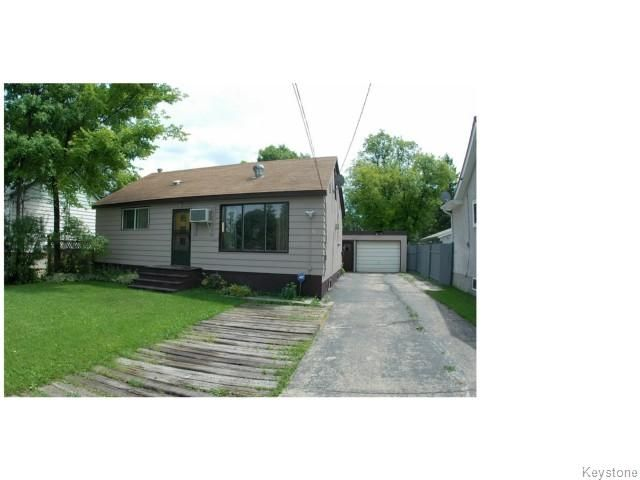Main Photo: 42 Berrydale Avenue: Residential for sale : MLS®# 1015480