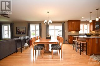 Photo 12: 31 YORK CROSSING ROAD in Russell: House for sale : MLS®# 1261417
