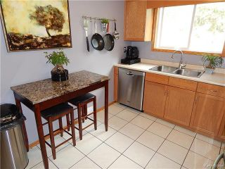 Photo 5: 22 Berrydale Avenue in Winnipeg: St Vital Residential for sale (2D)  : MLS®# 1722889
