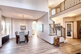 Photo 5: 10379 Rockyledge Street NW in Calgary: Rocky Ridge Detached for sale : MLS®# A1060914