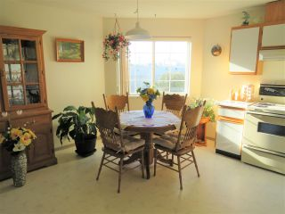 """Photo 14: 218 45669 MCINTOSH Drive in Chilliwack: Chilliwack W Young-Well Condo for sale in """"McIntosh Village"""" : MLS®# R2331709"""