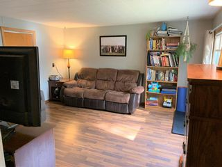 Photo 8: 10 Maple Avenue in Dauphin: Southwest Residential for sale (R30 - Dauphin and Area)  : MLS®# 202124629