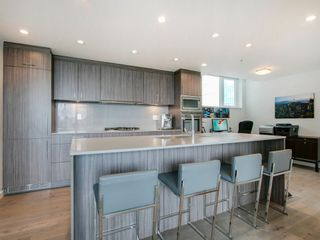"""Photo 13: 905 728 W 8TH Avenue in Vancouver: Fairview VW Condo for sale in """"700 WEST8TH"""" (Vancouver West)  : MLS®# R2082142"""